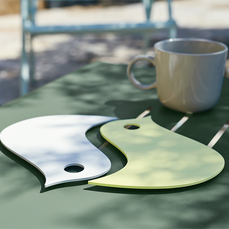 Fermob pair of birds trivet for outdoor table