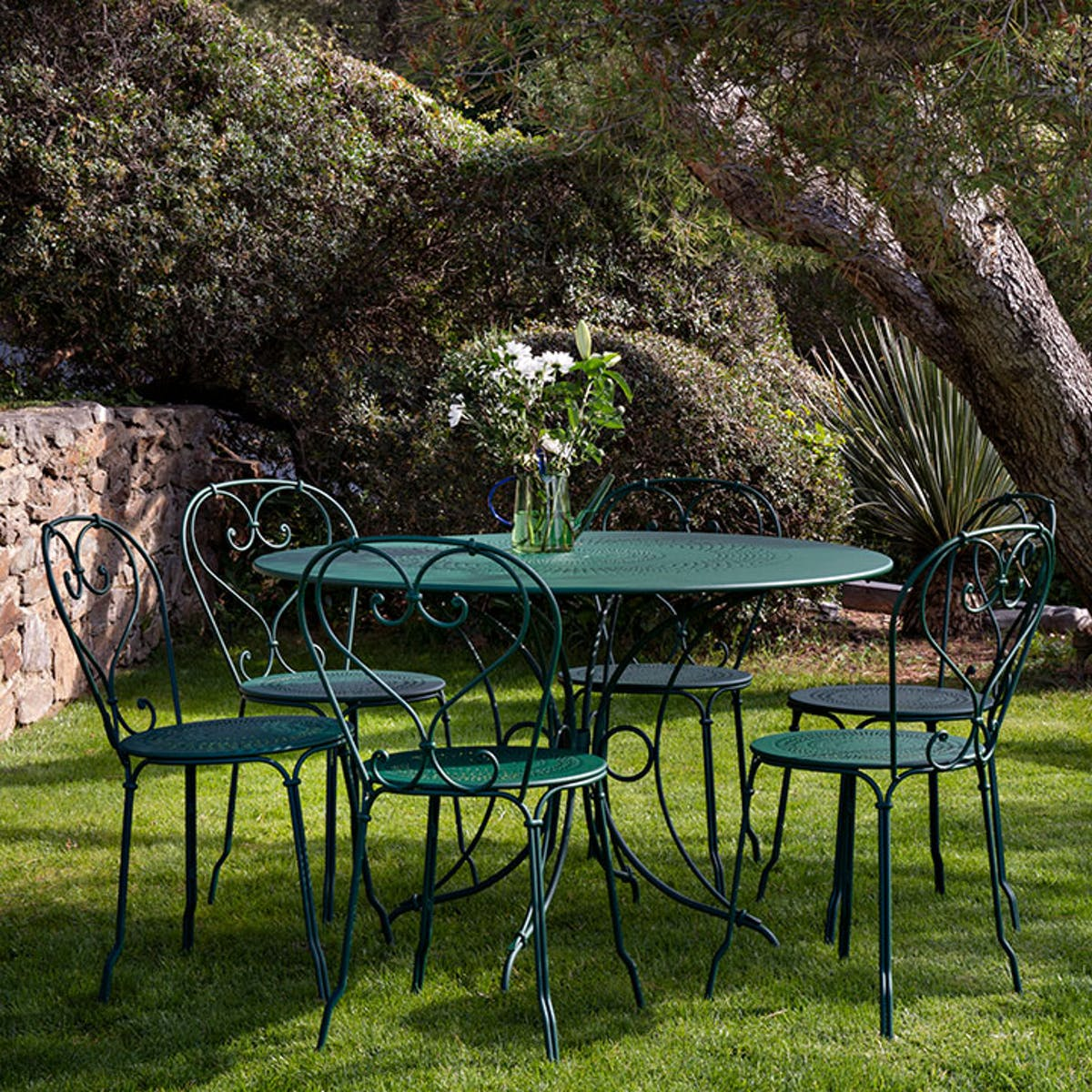 1900 Table Round 117cm